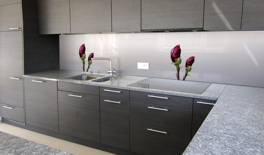 k che mit edlem design dunkler magnolie mit hellgrauem verlaufshintergrund bild nr 0200463. Black Bedroom Furniture Sets. Home Design Ideas